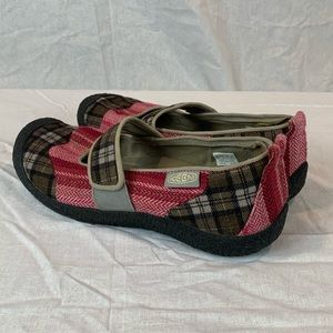 Keen Mary Jane Red Plaid Size 8.5